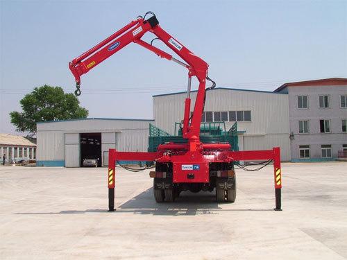 青山KN900折臂式随车起重机