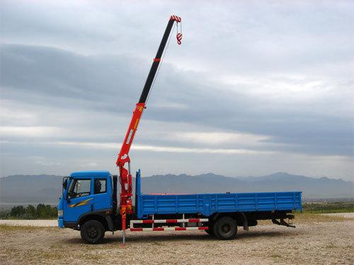 青山KS633直臂式随车起重机