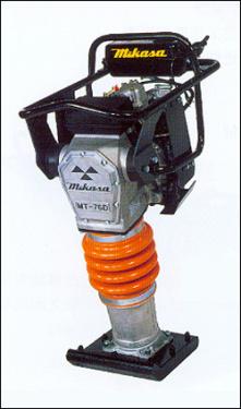 三笠MT-76D(柴油) 内燃式冲击夯