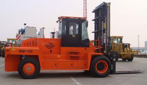 华南重工HNF150M集装箱重箱叉车