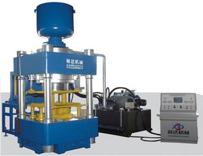 祥达大吨位自动液压成型机(500-1500吨)砖机