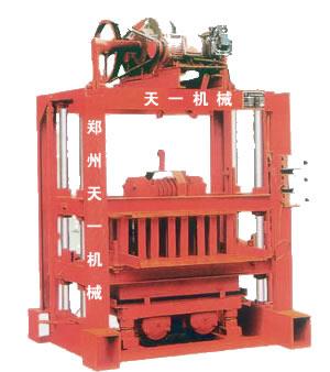 郑州天一QTJ4—40型砌块成型机砖机高清图 - 外观