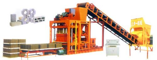 鄭州天一QTJ4-25型砌塊成型機磚機