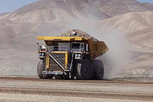 利勃海尔T 284矿用卡车高清图 - 外观