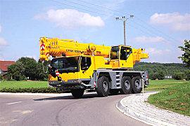 利勃海尔LTM 1055-3.2全地面起重机