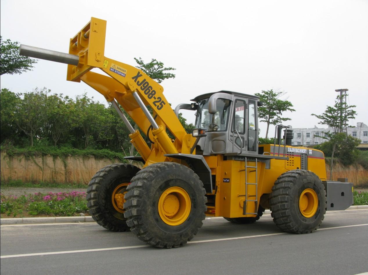 厦金XJ968-25卷钢堆高机高清图 - 外观