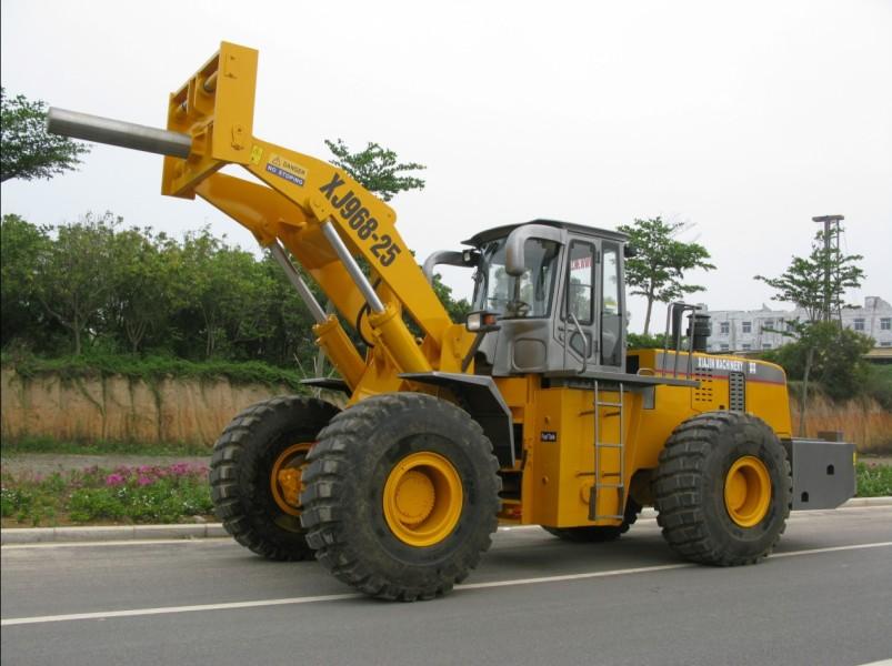 厦金XJ968-25卷钢堆高机