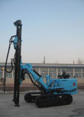 宏大钻孔HD670液压潜孔钻机