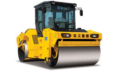 徐工XD132液压驱动双钢轮振动压路机