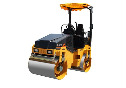 柳工CLG6032久保田小型养护双钢轮压路机高清图 - 外观