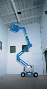 美国吉尼Z™-45/25 IC 窄型 & Z™-45/25J IC 窄型曲臂式高空作业平台