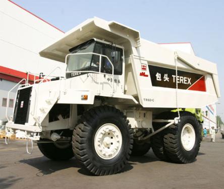 内蒙古北方重工TR60C煤斗型矿用自卸车