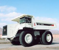 内蒙古北方重工TR100岩斗型矿用自卸车