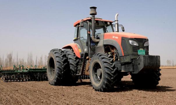 凯尔KAT2204拖拉机