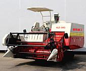 雷鳴重工4LZ-3GG收割機
