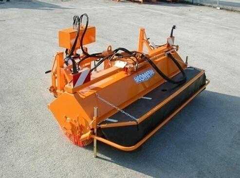 欧亚机械ALTI滚刷式除雪/除冰机