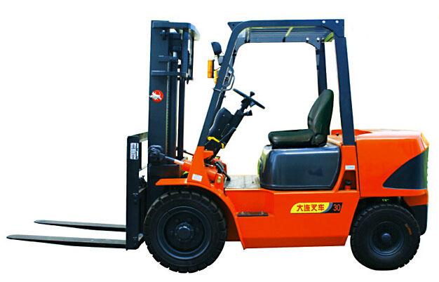 大连叉车CPCD30平衡重式内燃叉车(3吨)高清图 - 外观