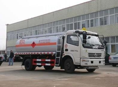 楚飞国四东风多利卡(9.45立方/国四)加油车