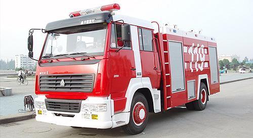湖北合力斯太爾單橋泡沫消防車