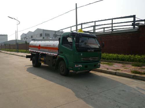 楚飞东风多利卡(9.45立方)加油车