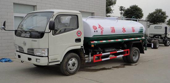 厦工楚胜东风福瑞卡4吨洒水车