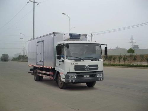 楚飞东风牌DFL5120XLCBX18A型(6.1米)冷藏车
