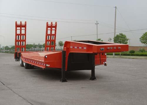 楚飛雙軸低平板/10.5噸半掛車高清圖 - 外觀