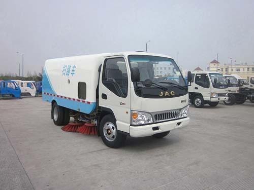 楚飞江淮HFC1073P83K1C3扫路车