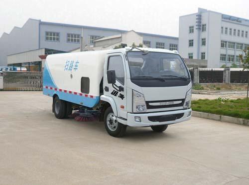 楚飞国四跃进(3.5吨)扫路车
