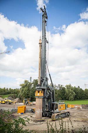 利勃海尔LB 44旋挖钻机高清图 - 外观