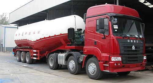 湖北合力粉粒物料运输半挂车39880kg