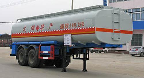 湖北合力化工液体运输半挂车27000kg