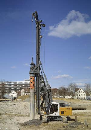 利勃海尔LB 16旋挖钻机高清图 - 外观