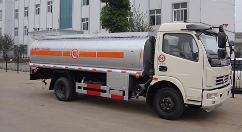 湖北合力东风多利卡加油车-EQ1090T9ADJ3AC