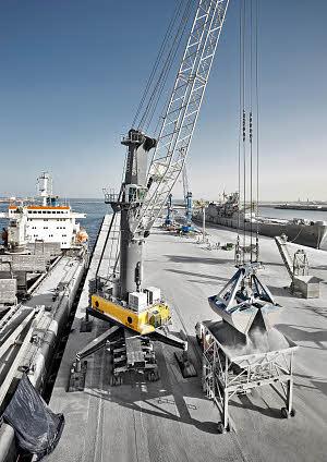 利勃海尔LHM 550移动式码头高架吊高清图 - 外观