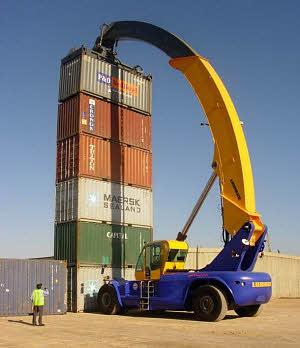 利勃海尔LRS 645集装箱正面吊高清图 - 外观