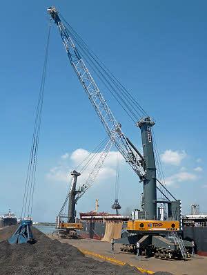 利勃海尔LHM 600移动式码头高架吊高清图 - 外观
