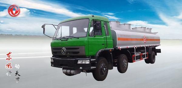 东风东风小三轴油罐车