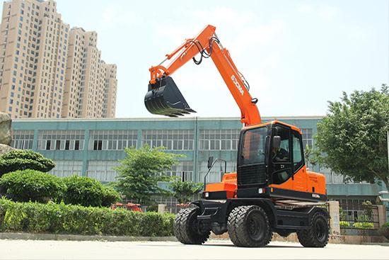 华南重工HNE80W轮式挖掘机高清图 - 外观