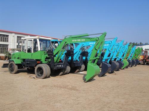 东力轮式挖掘机