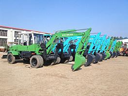 东力DL6.0轮式挖掘机