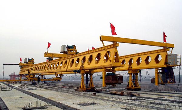 华中建机HZQ系列步履式架桥机