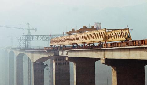 华中建机HZQ系列公路架桥机