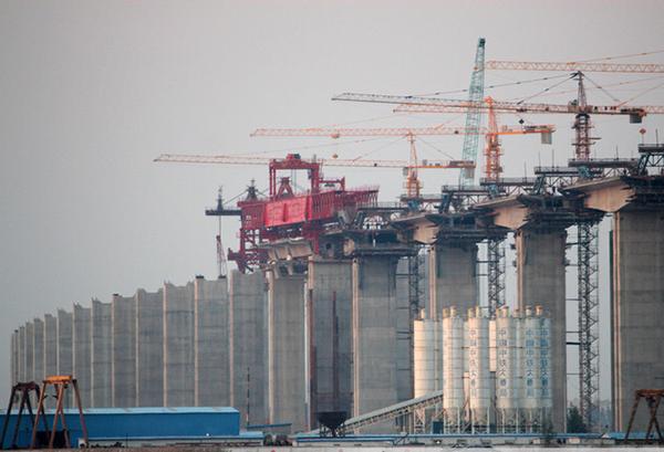 华中建机HZP系列节段拼装架桥机高清图 - 外观