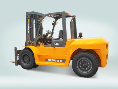 中联重科FD100内燃平衡重式叉车