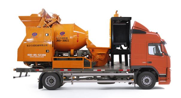 力诺钢铁侠C5滚筒式搅拌车载泵