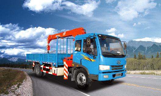 青岛解放J5K 4×2随车起重运输车