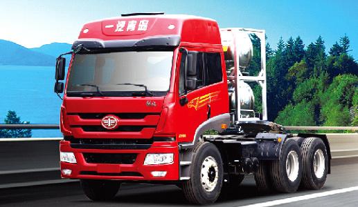 青岛解放新悍威 LNG 6×4牵引车(复合型)