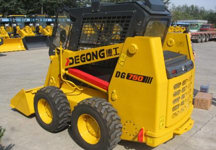 德工DG750滑移装载机高清图 - 外观
