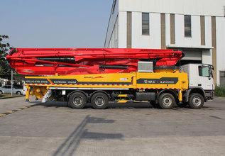 柳工HDL5431THB5664E混凝土泵车高清图 - 外观
